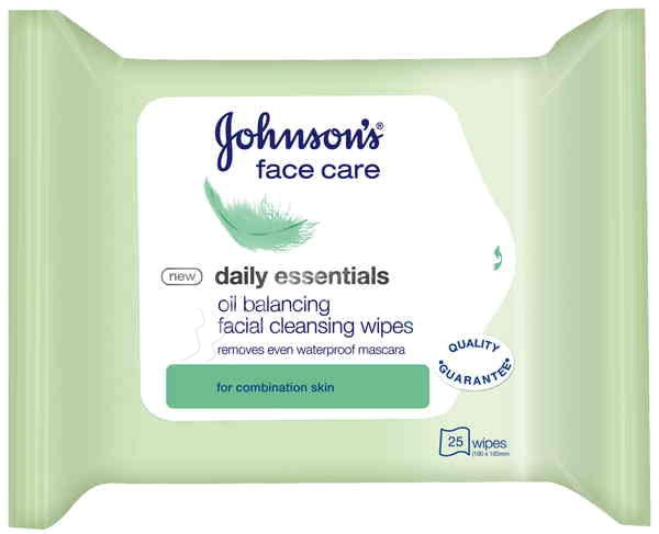 Johnson s Face Care Daily Essentials Oil Balancing Facial Cleansing Wipes  Oily to Combination skin -25 wipes- 80d58815ac