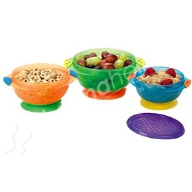 munchkin_three_stay_put_suction_bowls